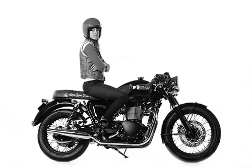 womens motorcycle, british customs, triumph, modern classic